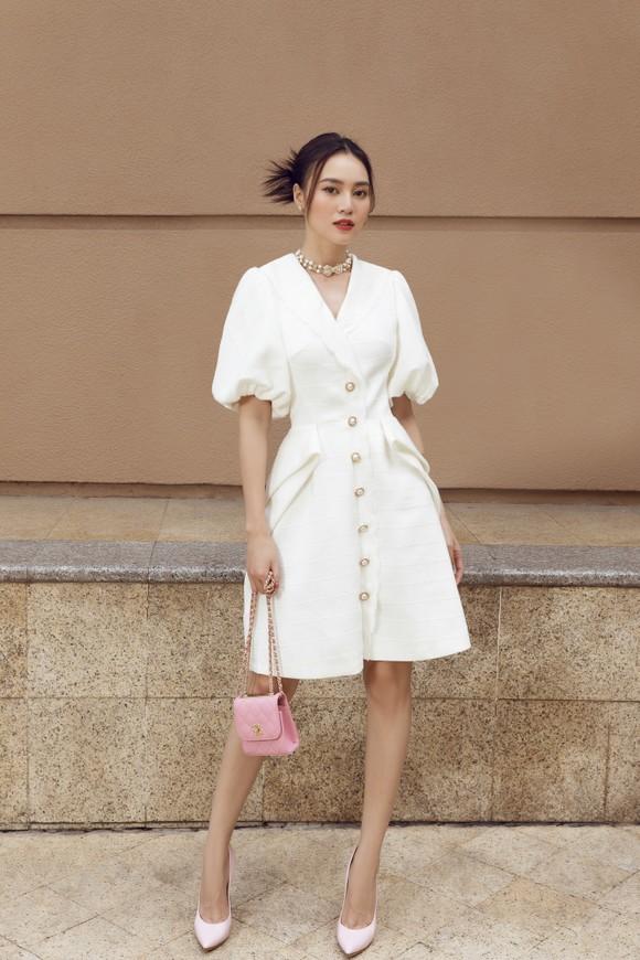 Ninh Dương Lan Ngọc gợi ý loạt váy diện dạo phố trong tiết trời se lạnh dịp cuối năm ở TPHCM ảnh 1