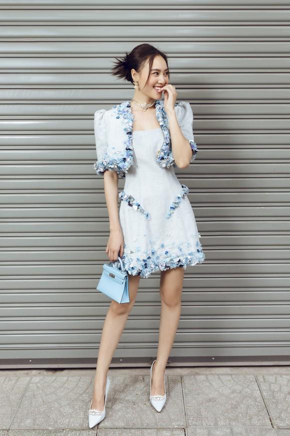 Ninh Dương Lan Ngọc gợi ý loạt váy diện dạo phố trong tiết trời se lạnh dịp cuối năm ở TPHCM ảnh 4