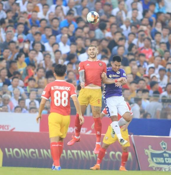 Vòng 4 - LS V.League 2020: Hồng Lĩnh Hà Tĩnh chia điểm kịch tính trước Hà Nội ảnh 4