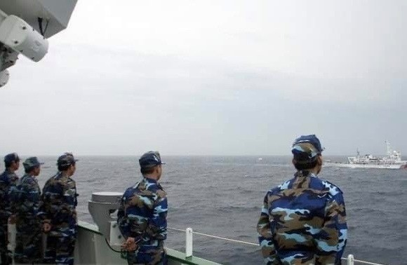 Vietnamese coast guards in a joint patrol in the Gulf of Tonkin (Photo: VNA)