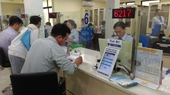 The Department of Reception for Citizens and Notarization Services  is crowded on normal days.