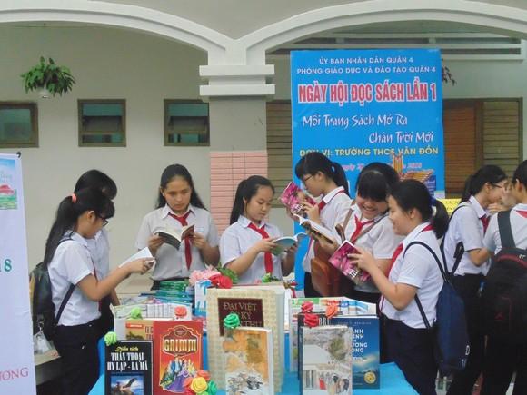 Kiến nghị đưa tiết đọc sách vào chương trình giáo dục chính khóa cho học sinh ở TPHCM ảnh 1