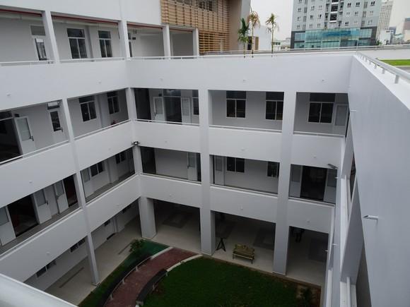 TPHCM: Khánh thành 2 công trình trường học ở quận 4 chào mừng Đại hội Đảng bộ các cấp ảnh 2