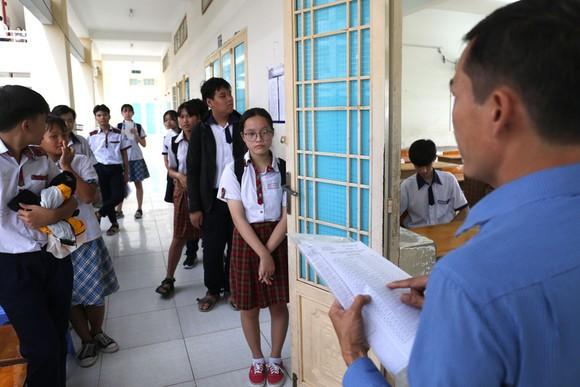 TPHCM: Hơn 82.000 thí sinh tham dự kỳ thi tuyển sinh lớp 10 năm học 2020-2021 ảnh 3