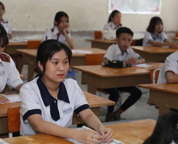 TPHCM: Hơn 82.000 thí sinh tham dự kỳ thi tuyển sinh lớp 10 năm học 2020-2021 ảnh 4