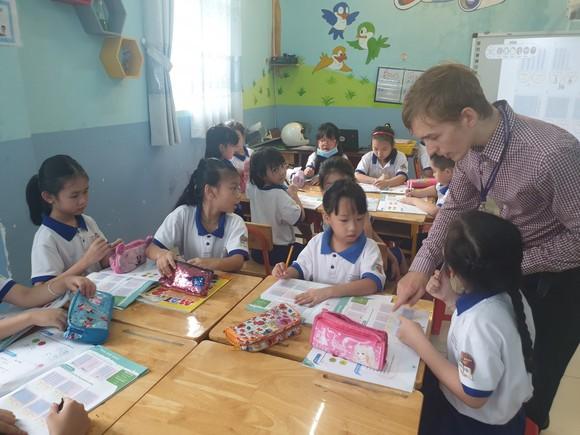 Đưa nhiều hoạt động thực nghiệm vào giảng dạy tiếng Anh cho học sinh ảnh 2