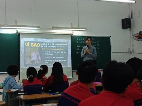 Giáo dục văn hóa Việt Nam và kỹ năng sống cho học sinh THPT ảnh 4