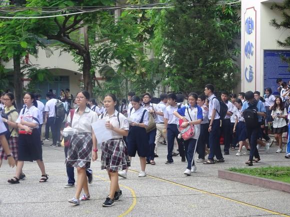 TPHCM: Gần 1.000 chỉ tiêu tuyển sinh vào lớp 10 tích hợp năm học 2021-2022 ảnh 1