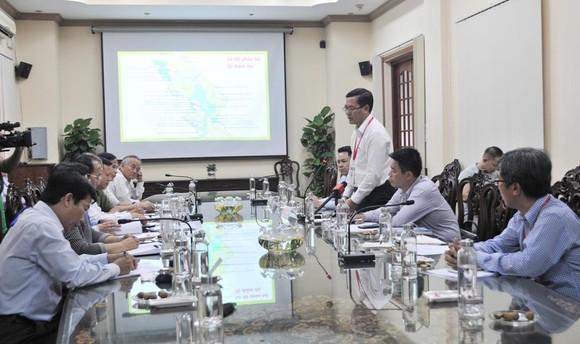 Thứ trưởng Bộ GD-ĐT kiểm tra công tác thi THPT Quốc gia 2019 tại Tiền Giang ảnh 3