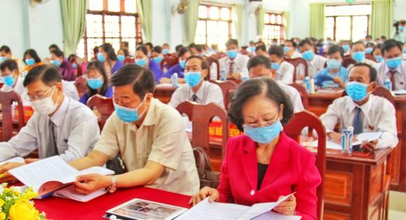 Đồng chí Trương Thị Mai dự đại hội Đảng ở xã điểm Tân Hạnh tại Vĩnh Long ảnh 1