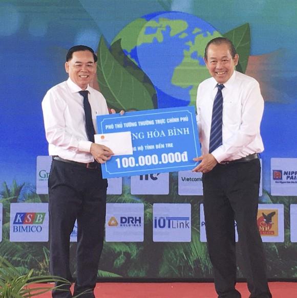 Phó Thủ tướng Thường trực Chính phủ dự lễ phát động trồng 10 triệu cây xanh tại Bến Tre   ảnh 3