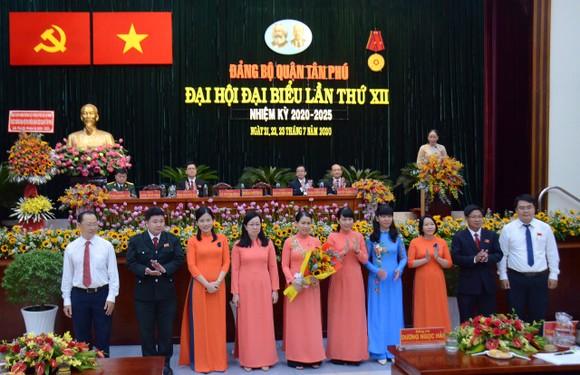 Đồng chí Lê Thị Kim Hồng tái đắc cử Bí thư Quận ủy Tân Phú ảnh 1