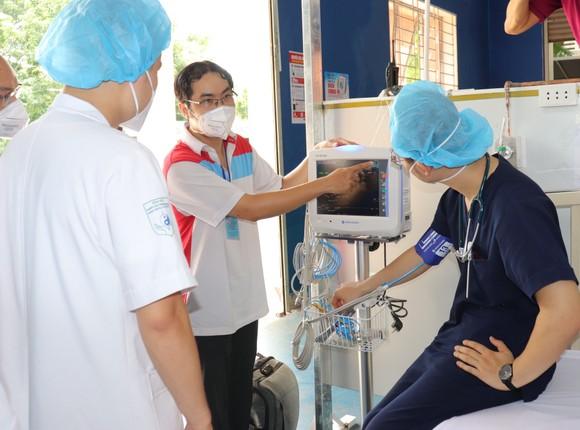 Trường THPT Phú Nhuận thành bệnh viện điều trị F0 ảnh 4