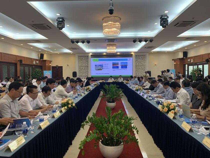 500 enterprises find opportunities to invest in renewable energy ảnh 1