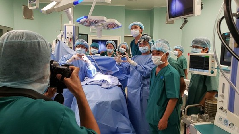 Conjoined twin girls successfully separated in HCMC  ảnh 1