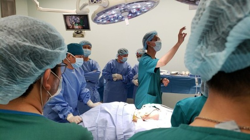 Conjoined twin girls successfully separated in HCMC  ảnh 5