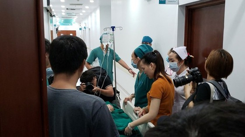 Conjoined twin girls successfully separated in HCMC  ảnh 19