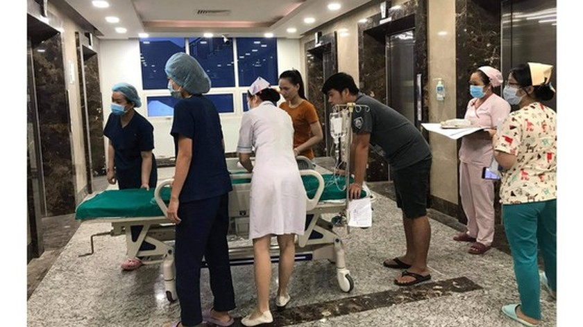 Conjoined twin girls successfully separated in HCMC  ảnh 22