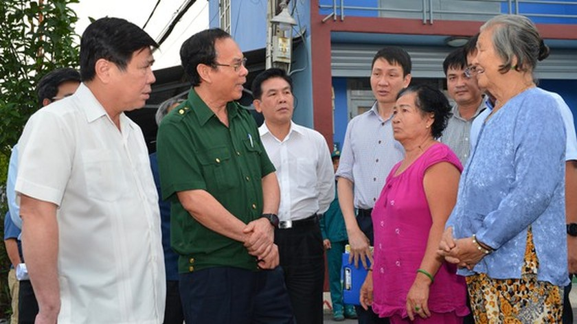 Anti-flood projects should be carried out synchronously: HCMC Party Chief ảnh 1