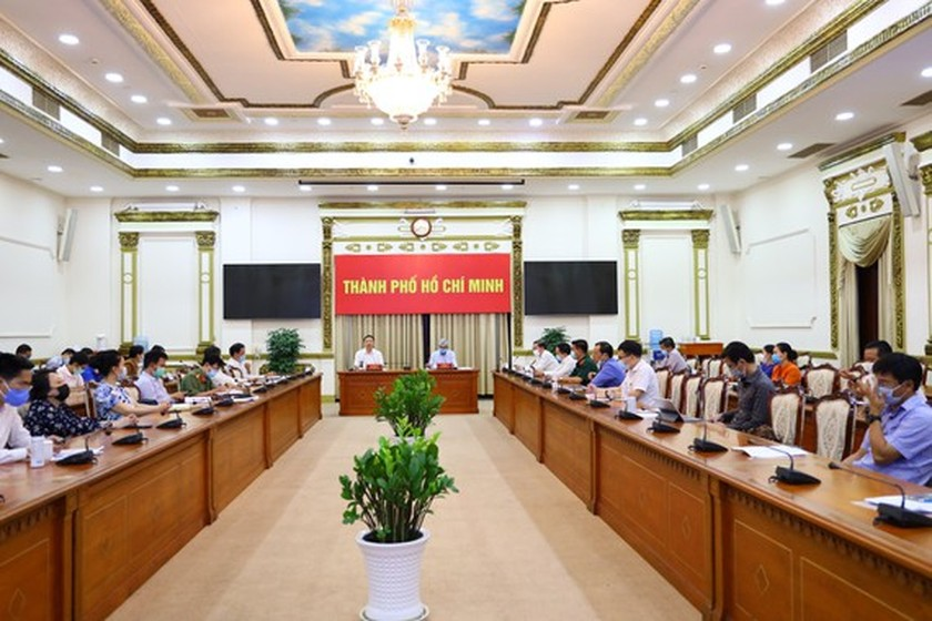 HCMC prioritizes people's safety, attain dual goals ảnh 1