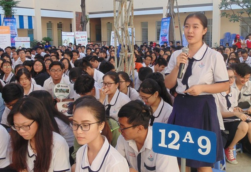 HCMC improves career consultation quality for students ảnh 1