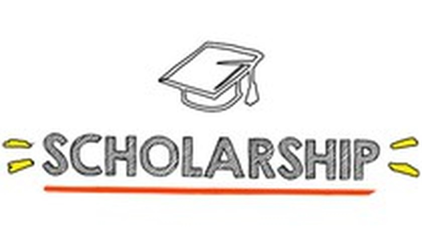 Scholarships to be given to poor ethnic minority students to motivate them ảnh 1