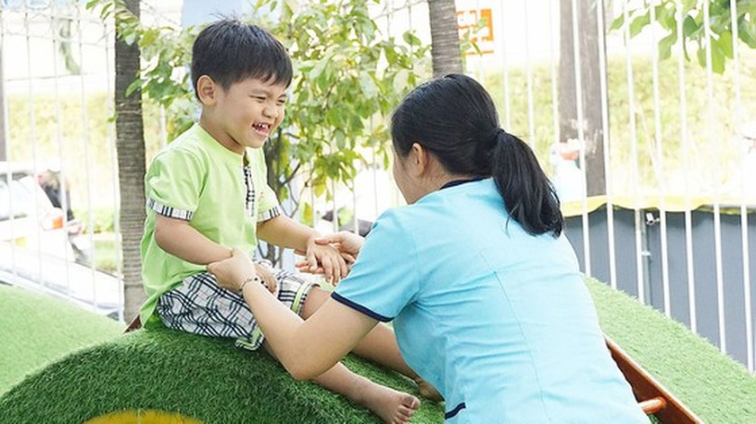 Website supporting autistic children launched in Vietnam ảnh 1