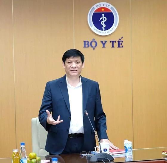 Drastic measures undertaken to prevent COVID-19 from entering Vietnam: Minister ảnh 1