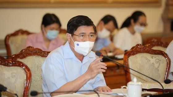 HCMC closes bars, dance clubs again as Covid-19 response ảnh 1