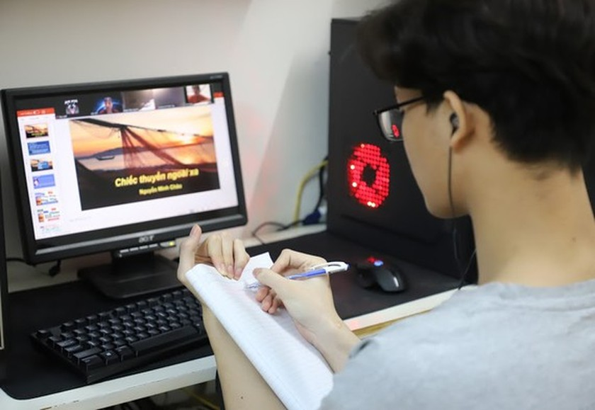 Vietnam to promote distance learning for building learning society ảnh 1