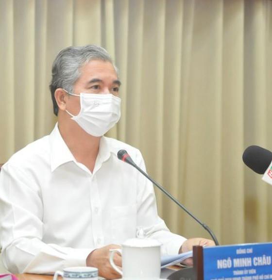 HCMC sees daily coronavirus cases reduce ảnh 3