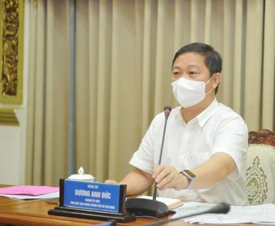 HCMC sees daily coronavirus cases reduce ảnh 4