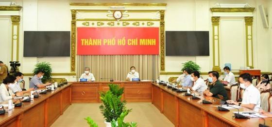 HCMC sees daily coronavirus cases reduce ảnh 1