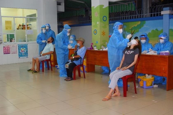 Coronavirus outbreaks in HCMC basically under control ảnh 2