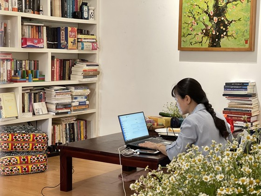 Working from home opens digital transformation opportunity in HCMC ảnh 1