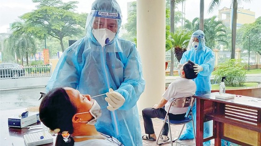 Pace of HCMC vaccinations accelerates ảnh 1