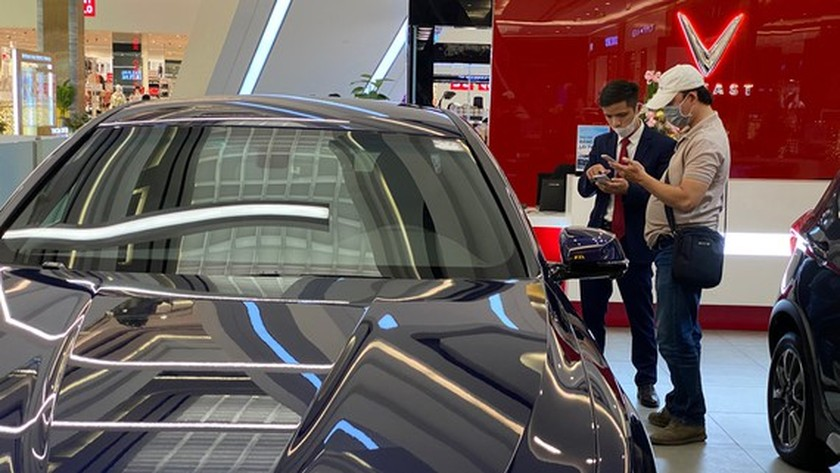 Automobile companies offer discount pushing its sales to soar ảnh 1