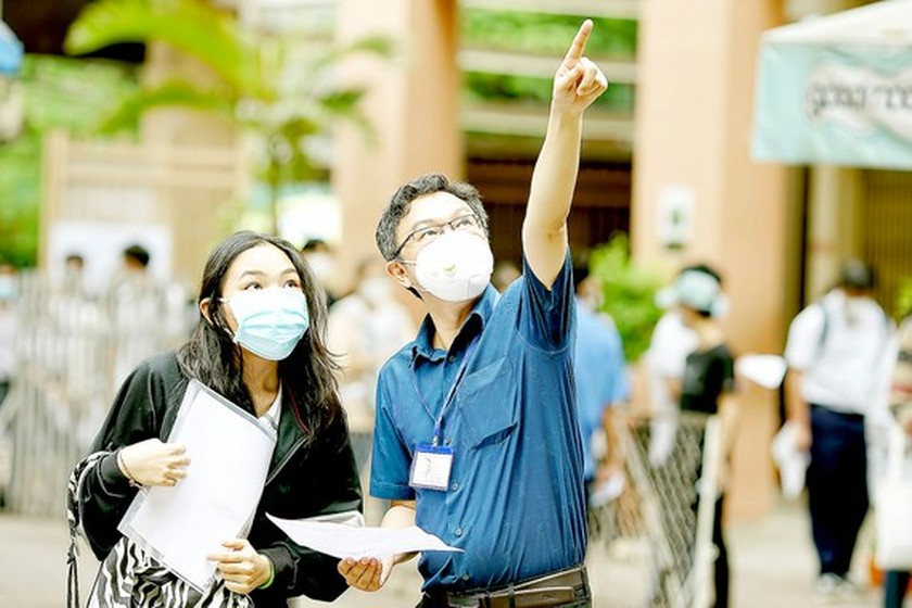 HCMC detects two infected Covid-19 students in high school graduation exam ảnh 1