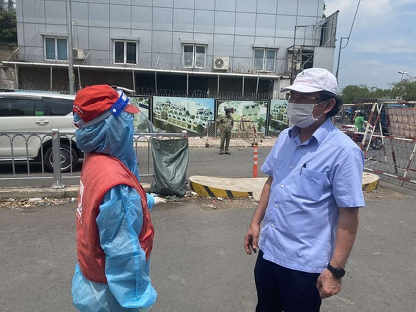 HCMC Party Chief pays unscheduled visits to check Covid-19 preventative task ảnh 3