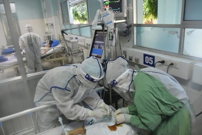 Ministry announces no shortage of ventilators, advising people not to buy ảnh 1