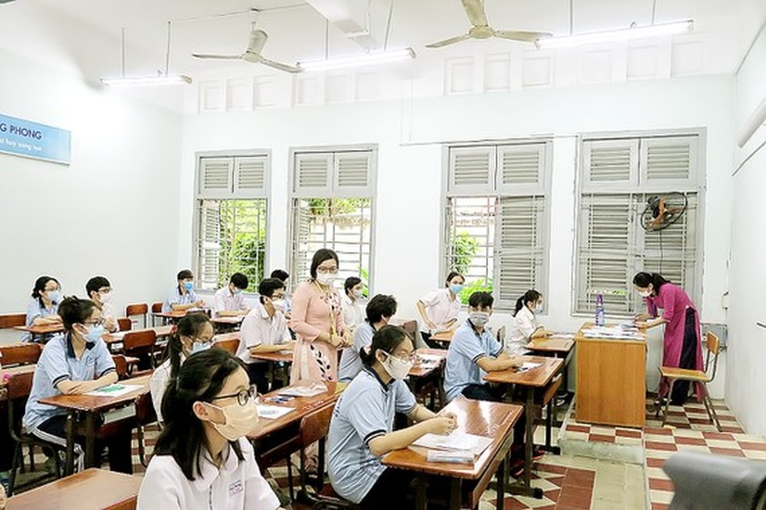 University admission scores predicted high this year ảnh 1