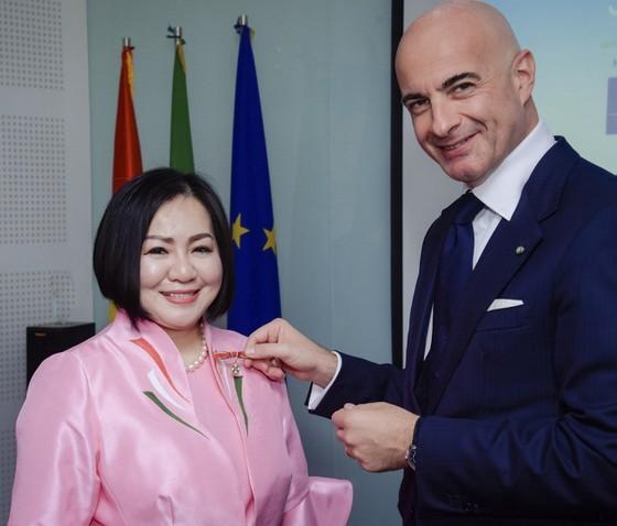 Vietnamese fashion designer becomes ambassador for Italian cuisine ảnh 1