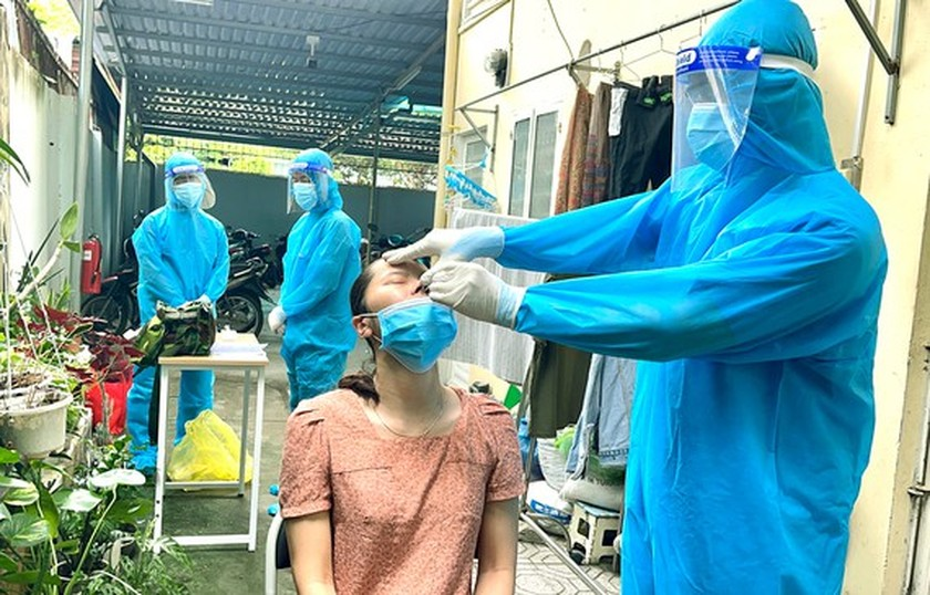 HCMC makes efforts to control epidemic in new situation ảnh 1
