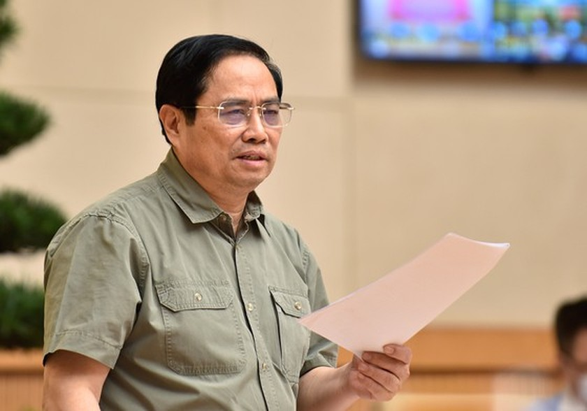 PM warns against hastiness in reopening after lockdown ảnh 1