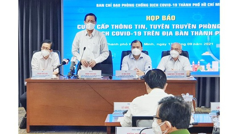 HCMC decides to extend Covid-19 restrictions until end of September ảnh 1