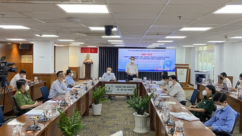 HCMC willing to give Covid-19 vaccine to other provinces for vaccination roll-out: HCDC ảnh 1