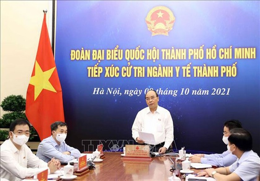 President prompts to draw lessons from Covid-19 to prepare for better response ảnh 1
