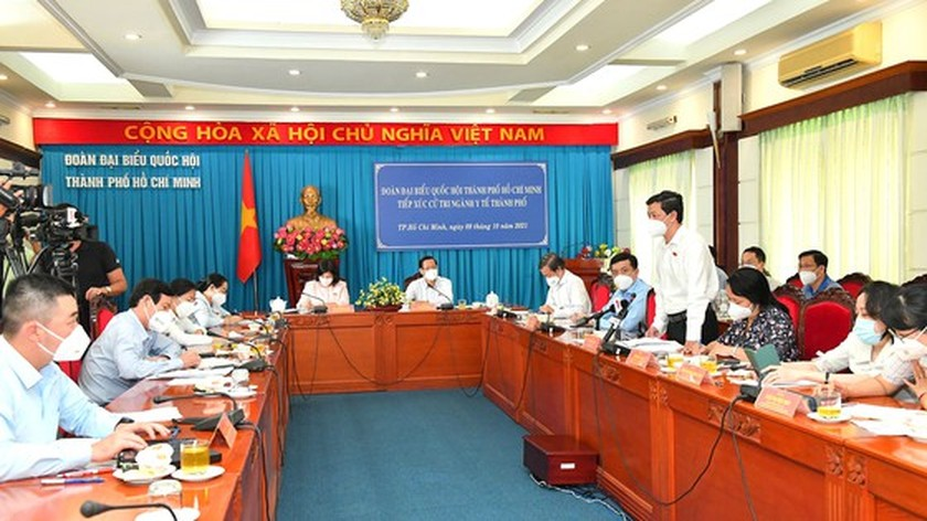 President prompts to draw lessons from Covid-19 to prepare for better response ảnh 4