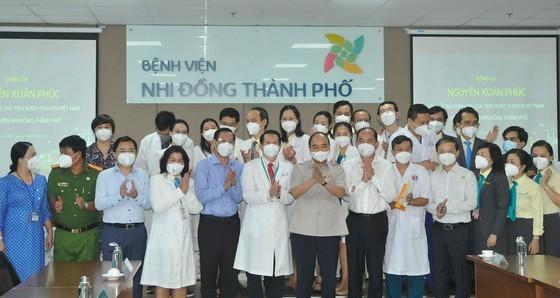 President Nguyen Xuan Phuc visits City Children's Hospital ảnh 1