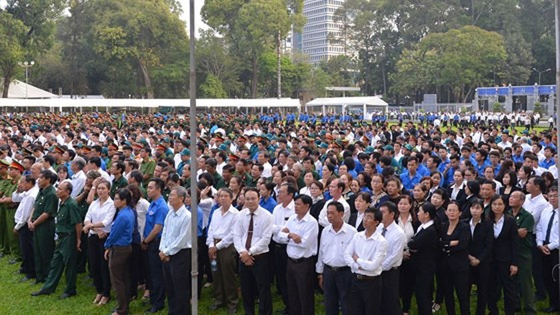 Vietnamese people bid last farewell to late PM Phan Van Khai  ảnh 6